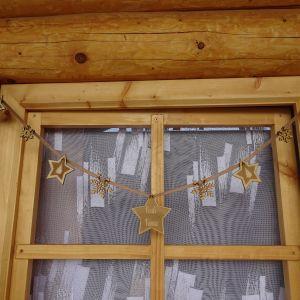 Vánoční Girlanda jednostranná - 9 hvězd - délka 1 m