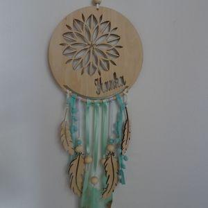 """Dřevěný dekorativní """"Lapač zlých snů"""" s ornamentem a jménem - průměr 18 cm"""