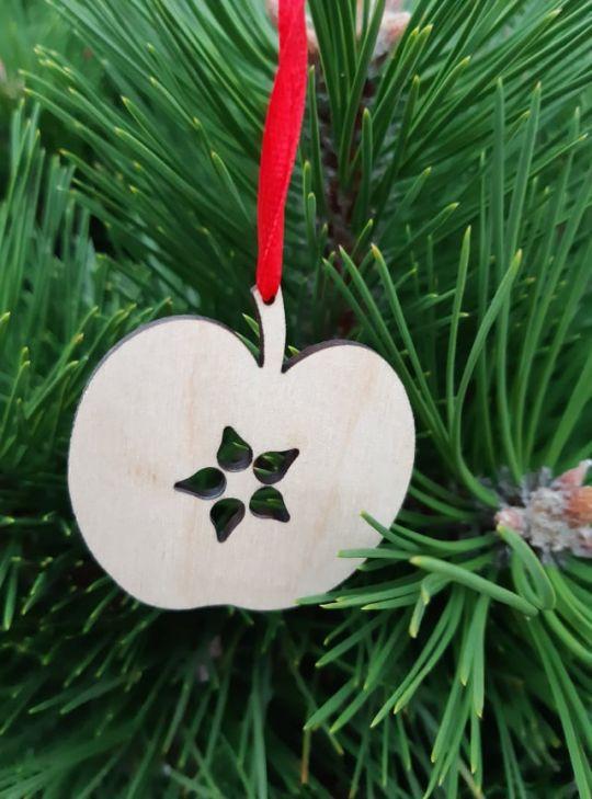 IMwood - Vánoční ozdoba - Jablíčko 5 x 5 cm
