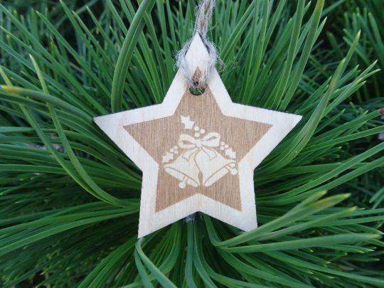 IMwood - Vánoční hvězda dřevěná - Zvonečky 6 x 6 cm