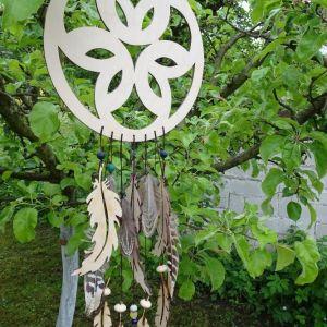 """Dřevěný dekorativní """"Lapač zlých snů"""" s ornamentem, velikost 18 cm"""