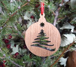 Vánoční baňka dubová-stromek