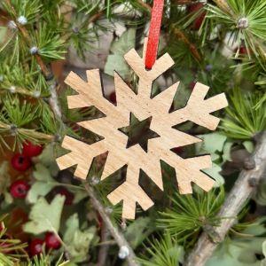 Vánoční ozdoba-dubová vločka