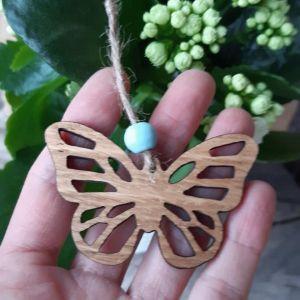 Velikonoční dubový motýlek-přořezaný