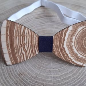 Dřevěný motýlek pro dospělé-strom